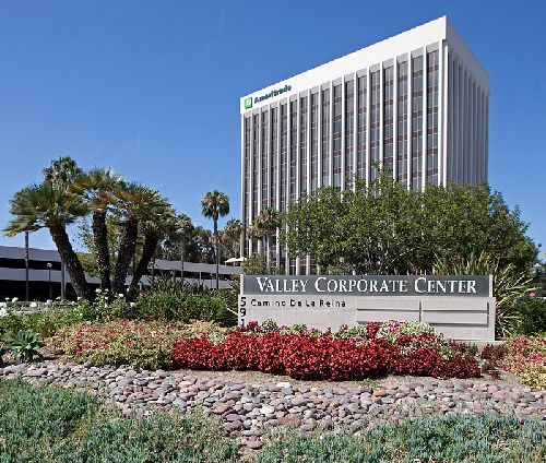 Valley Corporate Center, Mission Valley